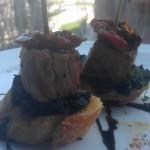 Tataki de tonyina amb espinacs i tomàquet sec